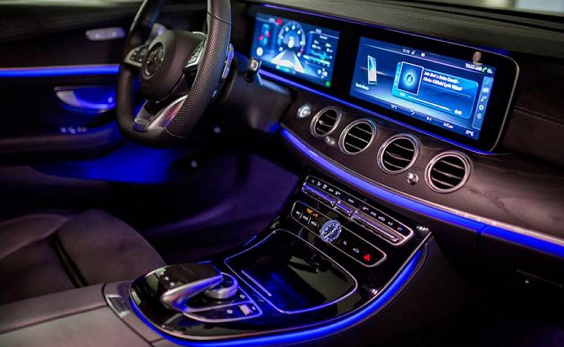 m_Mercedes E - class inside (2)